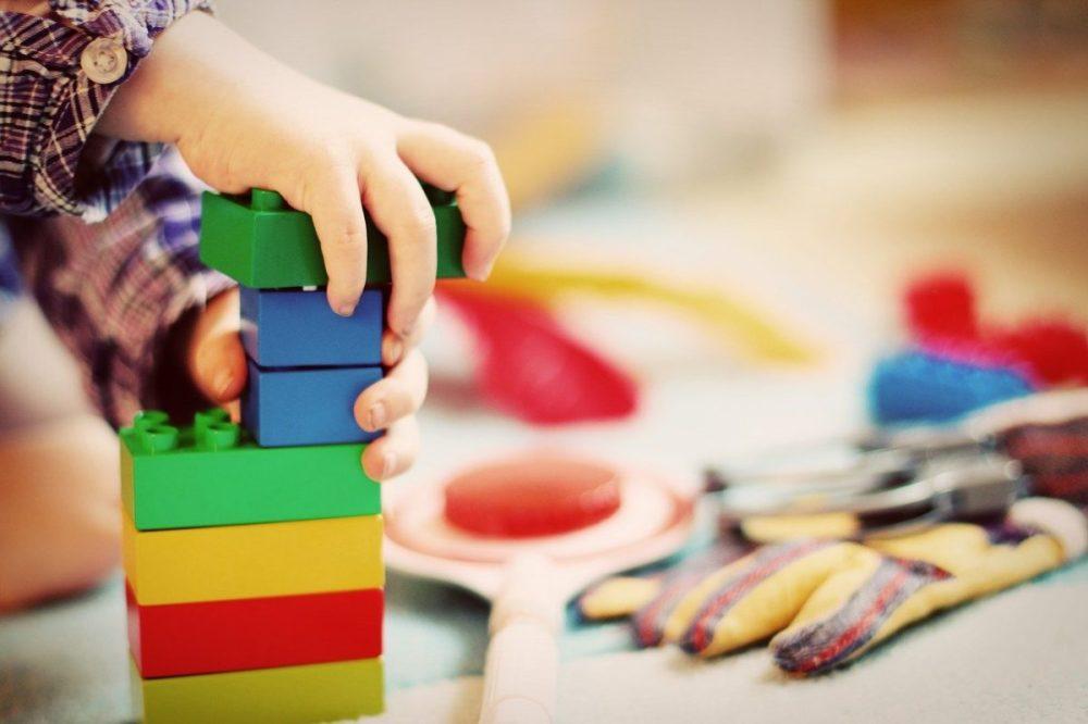 cubes, legos, enfant